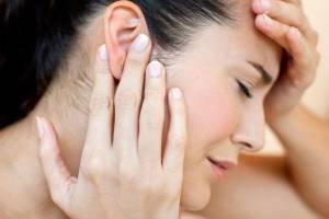 Cách massage bấm huyệt trị ù tai