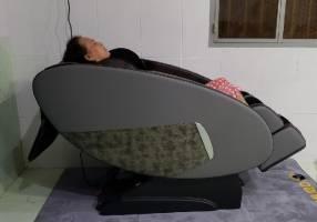 Ghế massage phòng ngừa đau mỏi cổ vai gáy