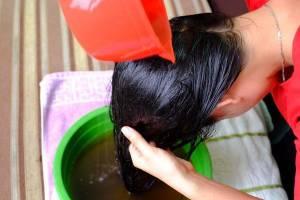 Mái tóc bà bầu sẽ bóng mượt giảm gãy rụng khi áp dụng phương pháp này