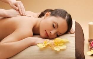 Phục hồi cơ thể bằng Massage và bấm huyệt